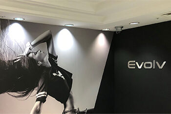 Evolv(エヴォルヴ)| 東京都新宿区新宿3-29-1 ビックロB4F