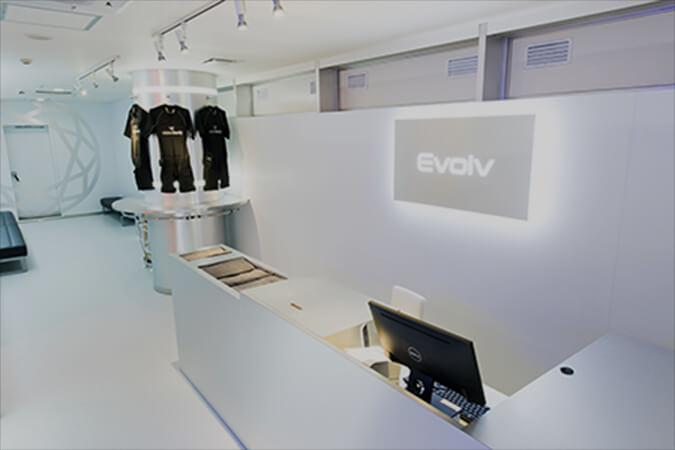 Evolv(エヴォルヴ)| 銀座スタジオ